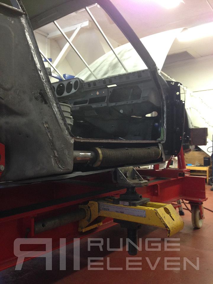 Porsche 911 Runge Coachwork Celette bodywork 90.JPG