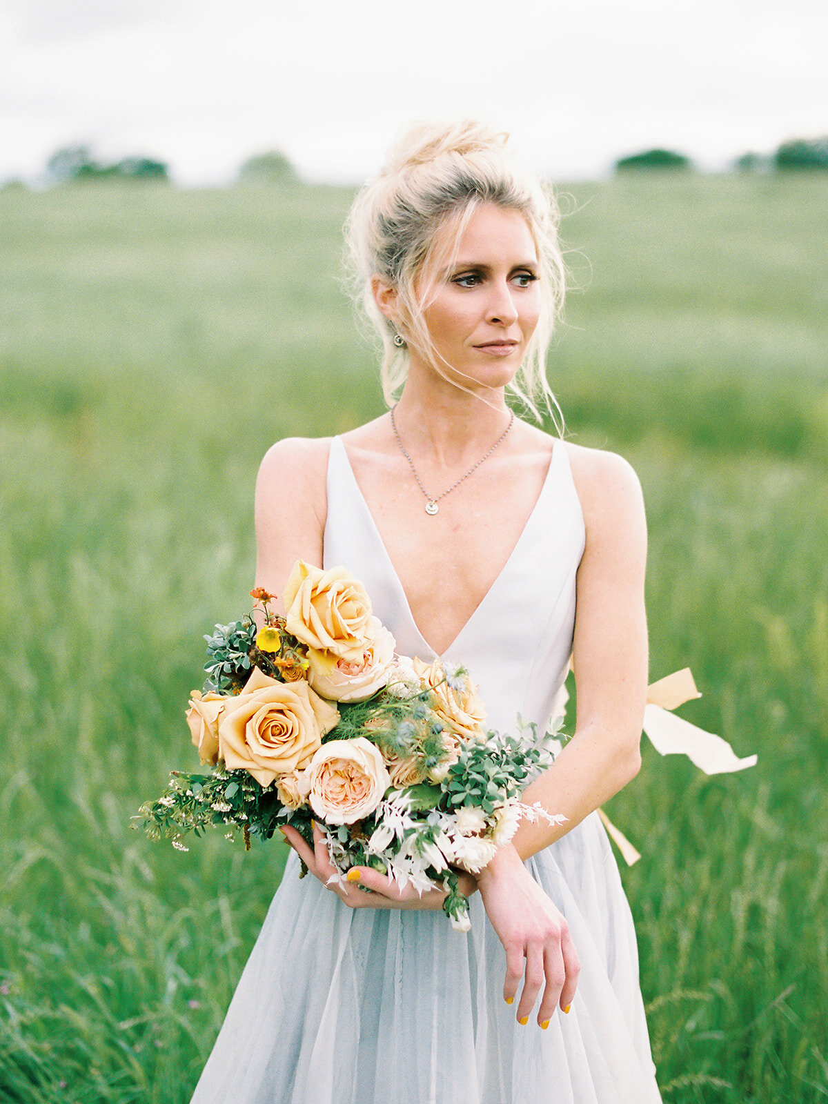 Elegant Countryside Wedding Flowers for Bride