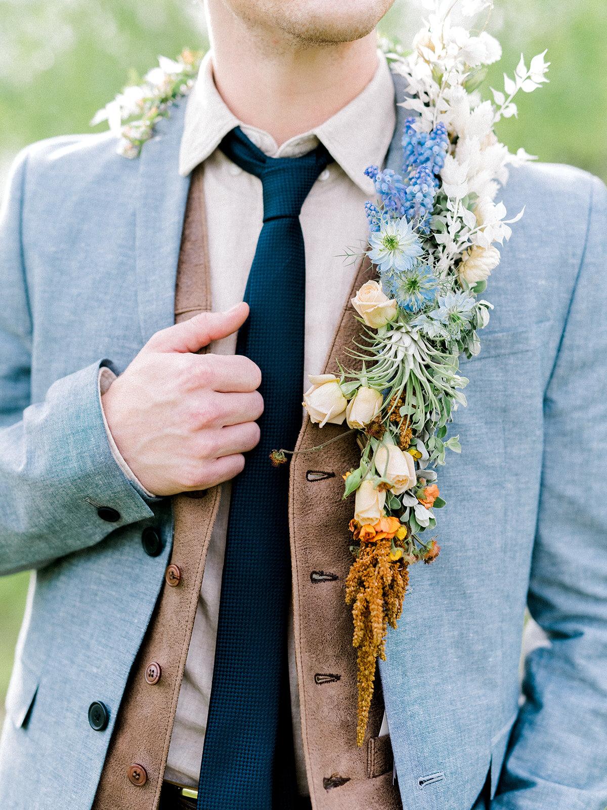 Elegant Country Wedding Flower Lapel