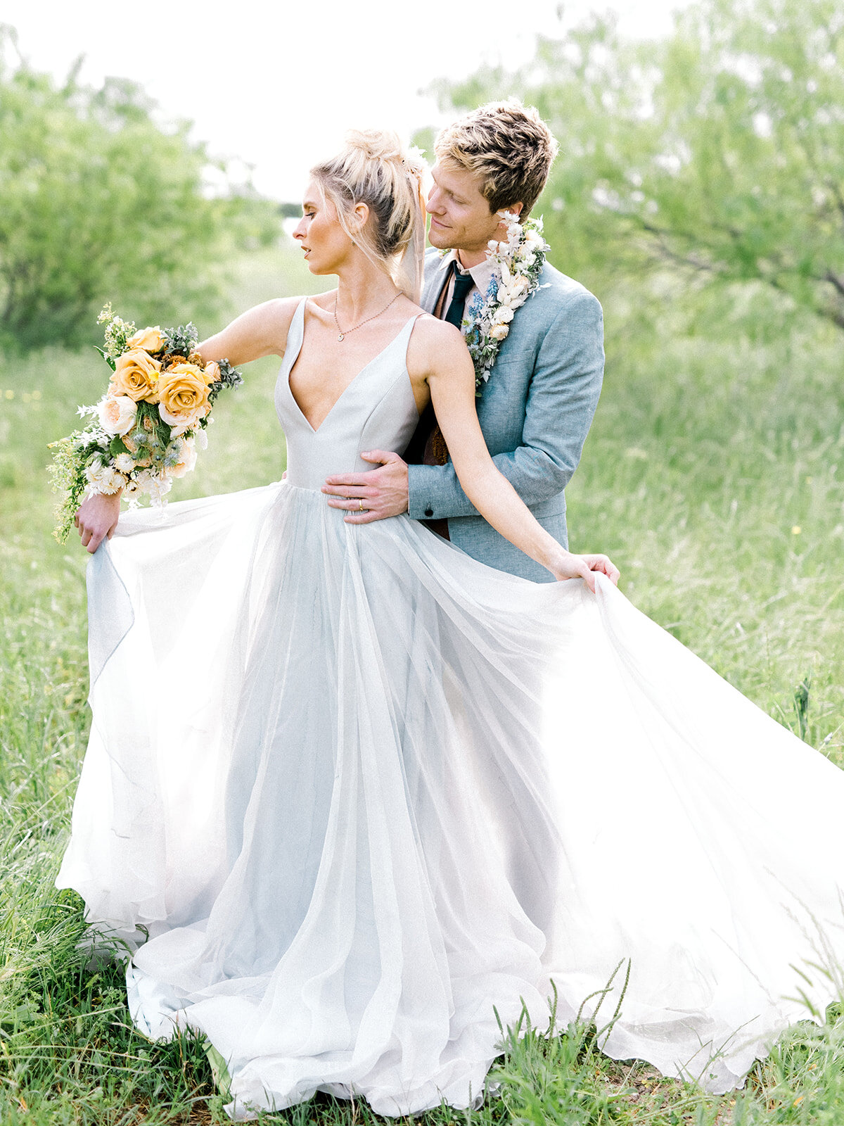 Elegant Country Theme Wedding Florals