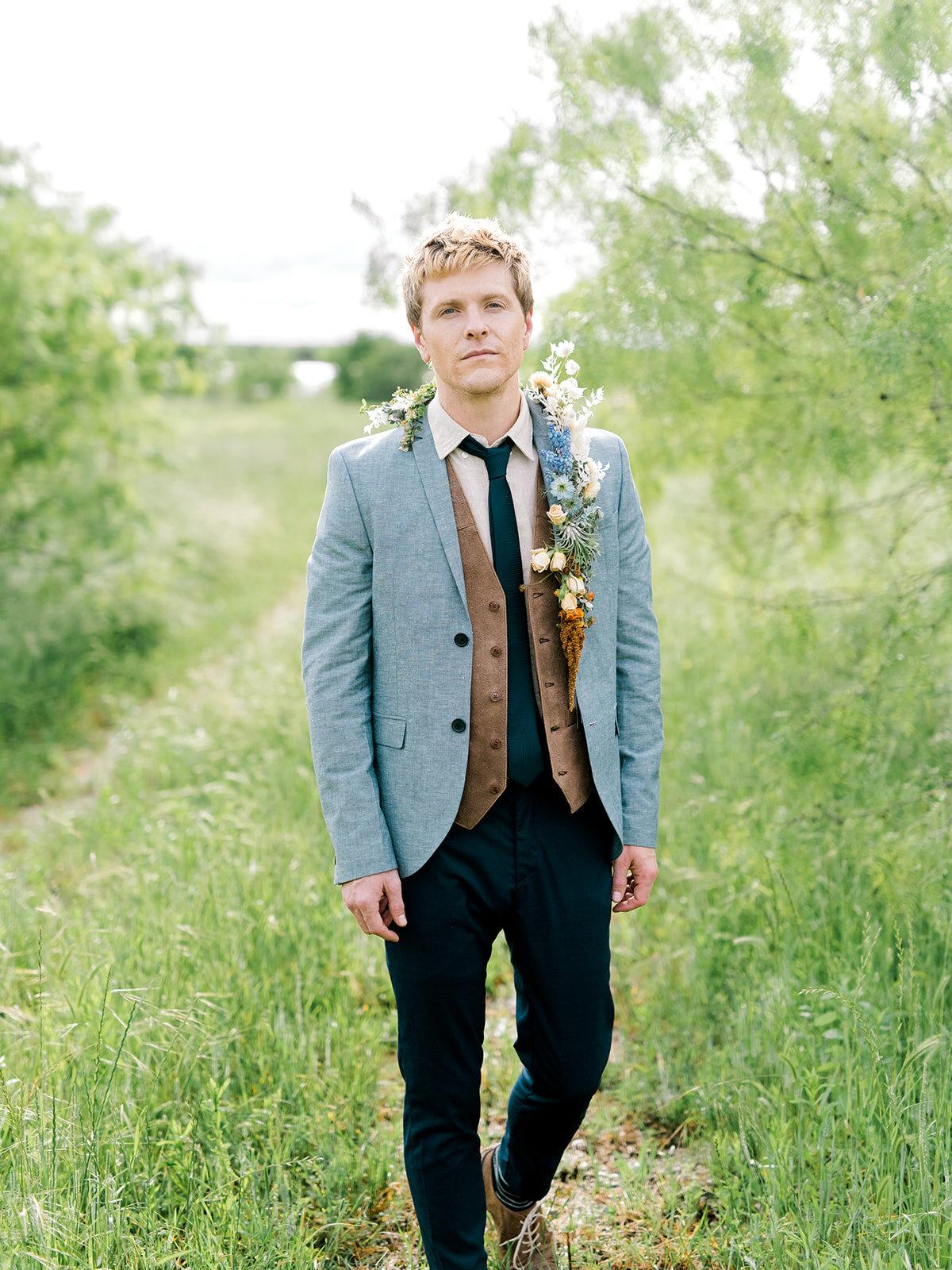 Elegant Countryside Wedding Floral Lapel