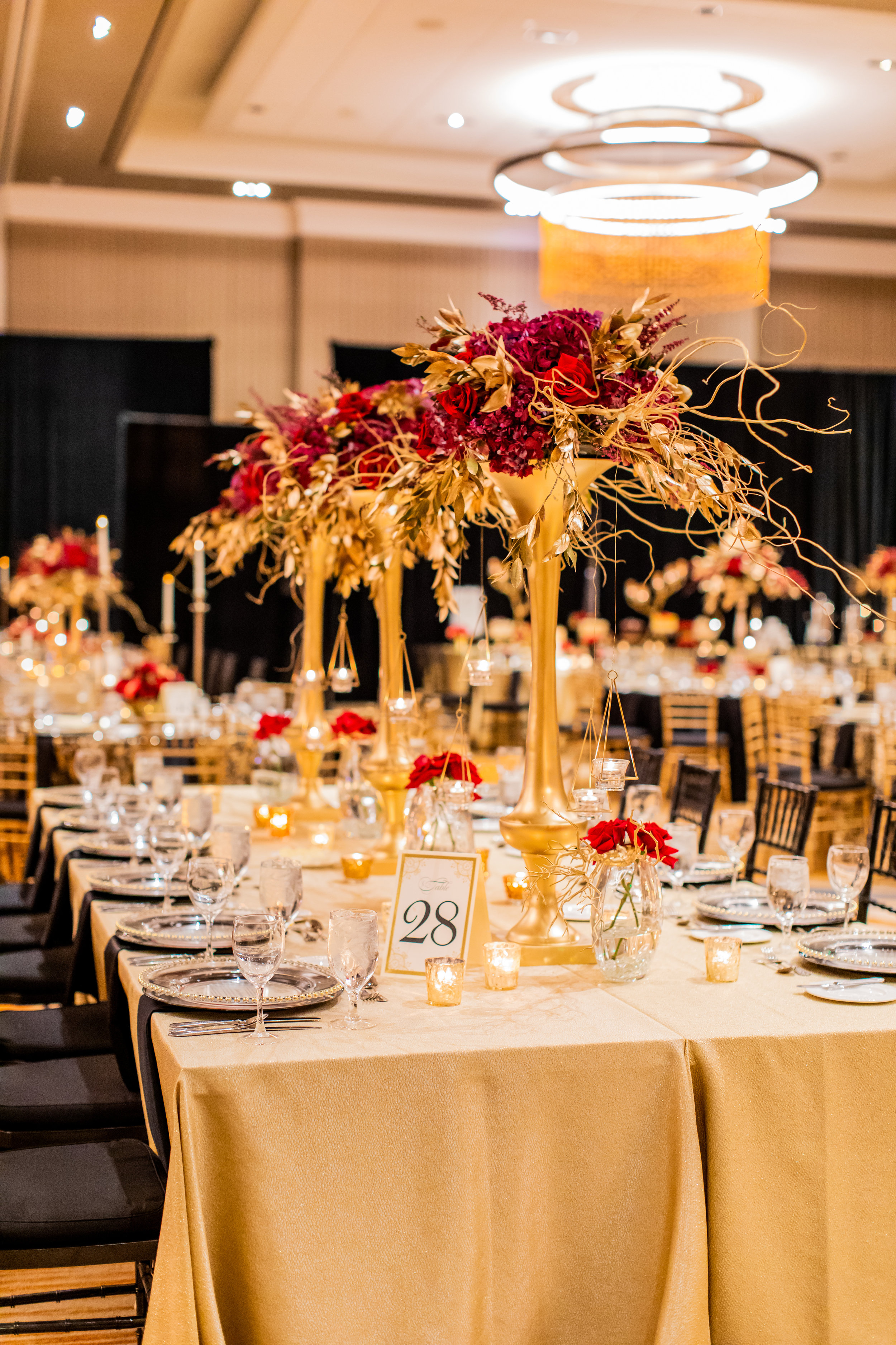 Ali_Louisville_Wedding_Emily_Lester_Photography_ReceptionDetails-69.jpg