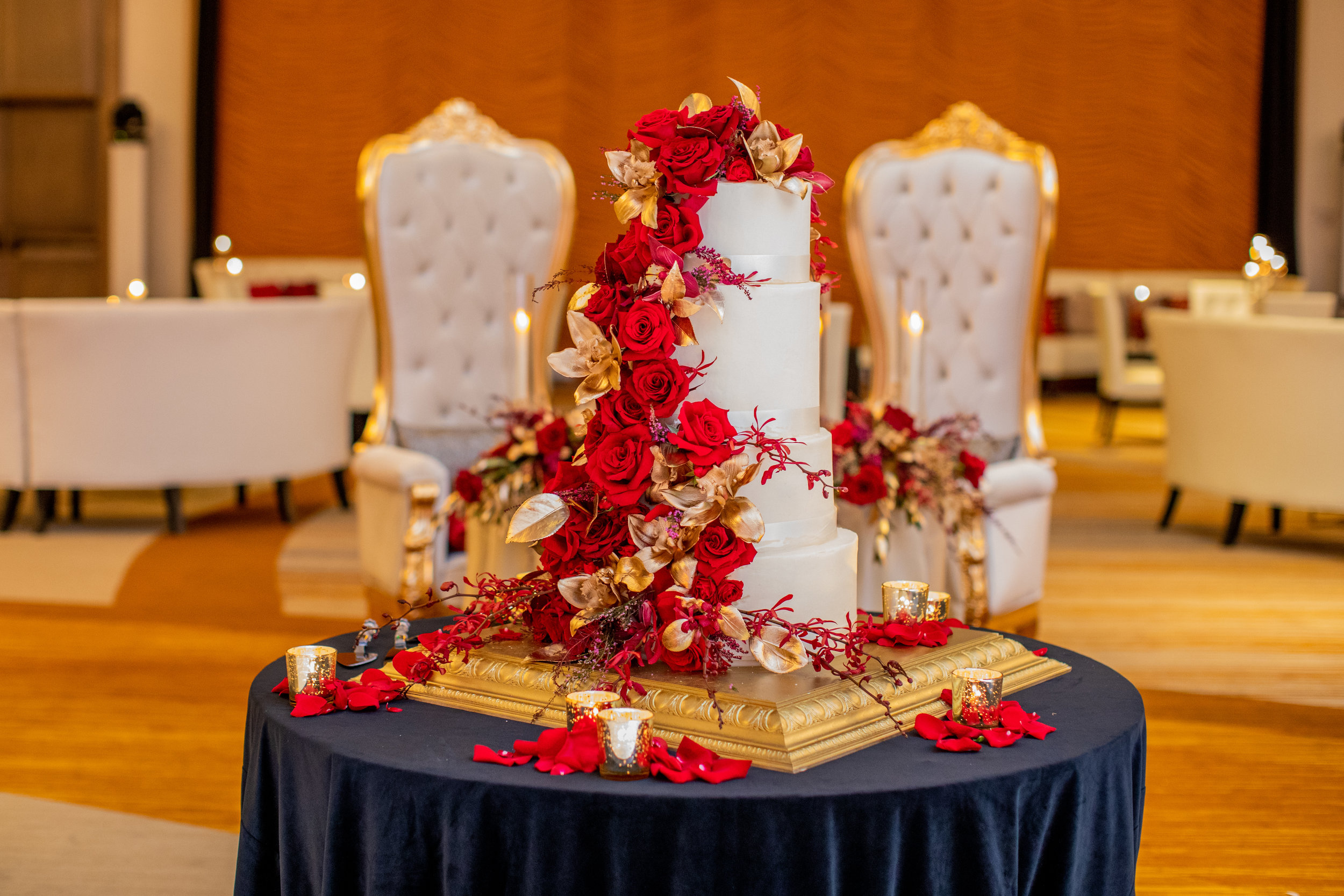 Ali_Louisville_Wedding_Emily_Lester_Photography_ReceptionDetails-80.jpg