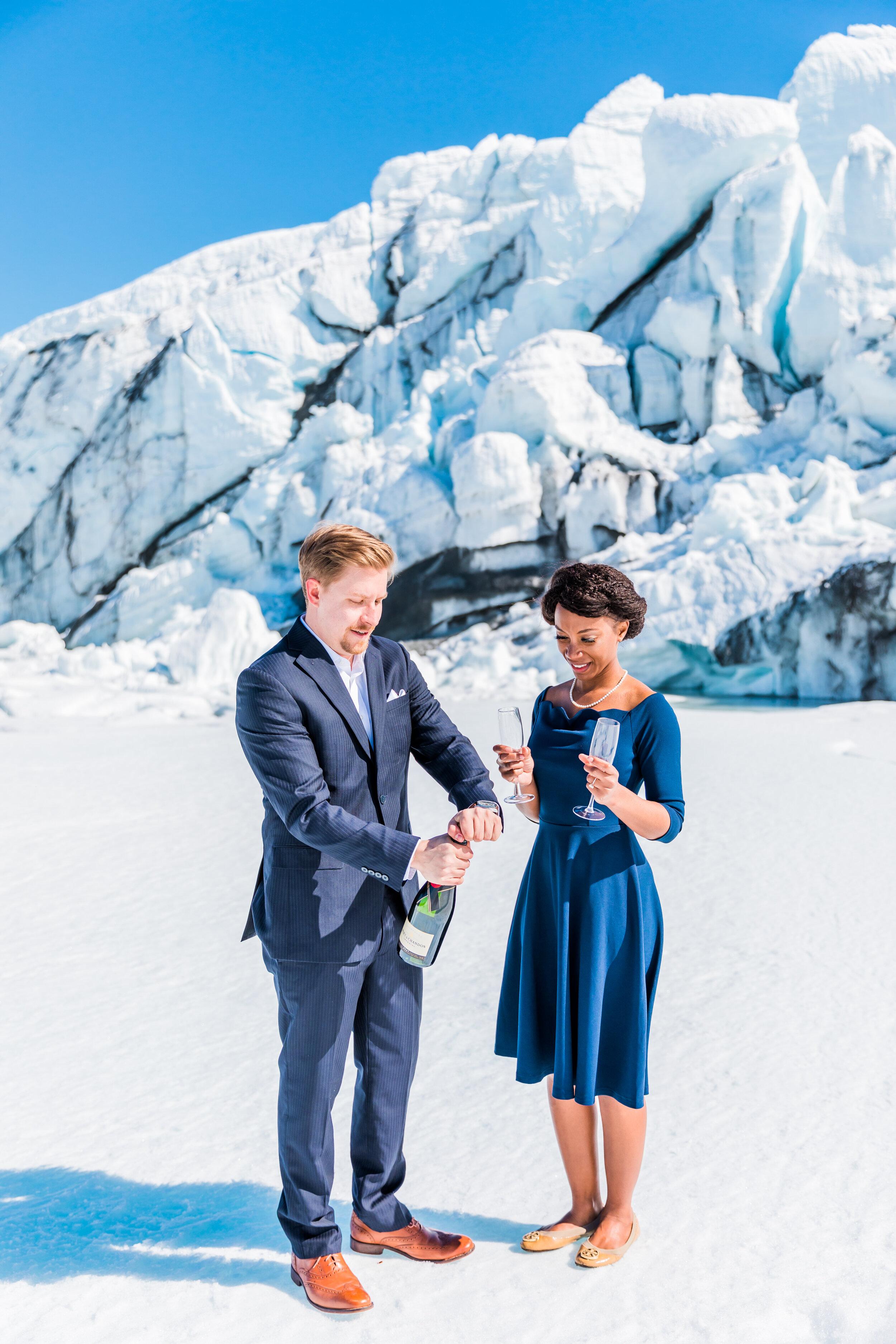 Engagement_Session_Matanuska_Glacier_Alaska_Emily_Lester_Photography-403.jpg