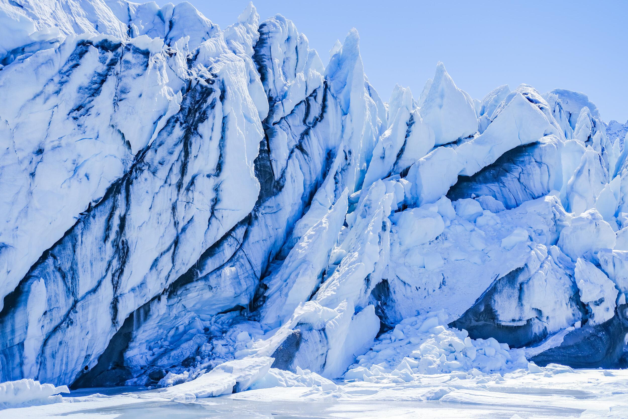 Engagement_Session_Matanuska_Glacier_Alaska_Emily_Lester_Photography-732.jpg