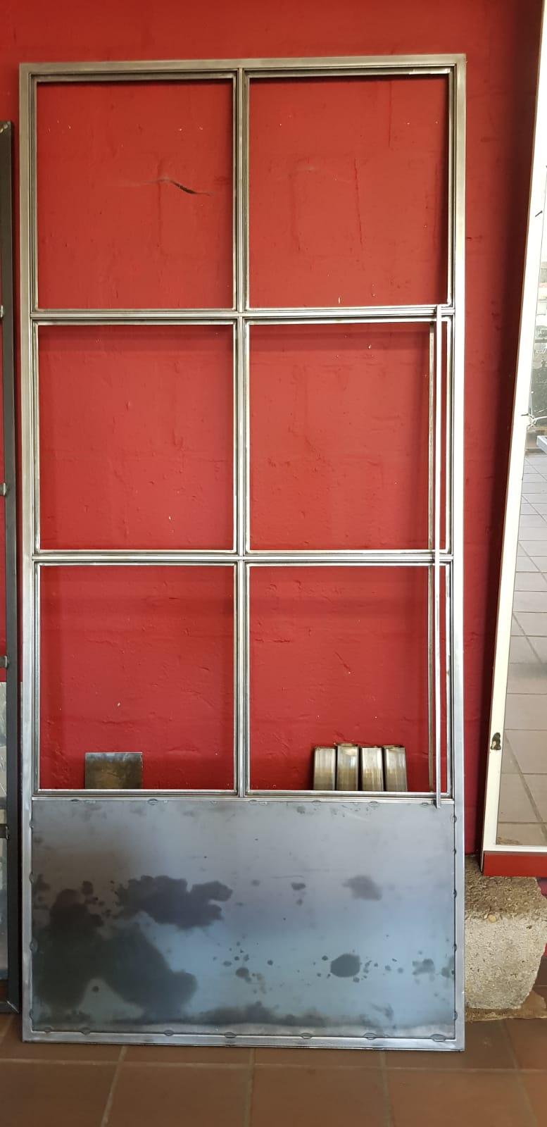 07 Stalen binnendeur.jpg