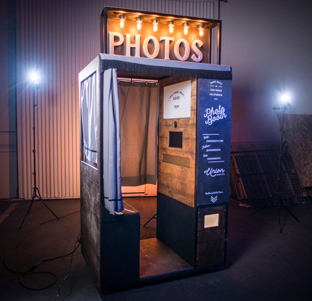 buy-the-kenwood-enclosed-photo-booth.jpg