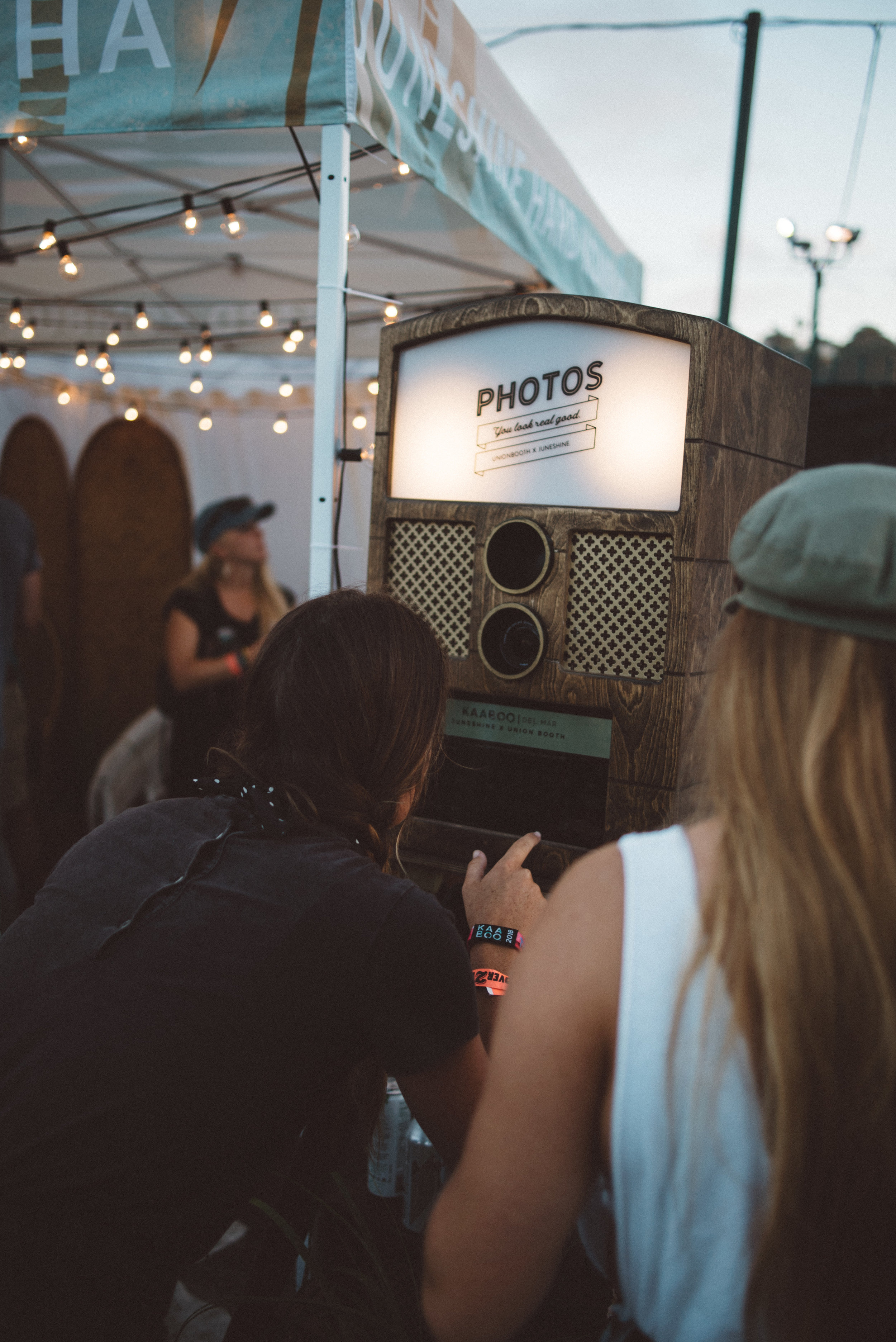 Vintage style photo booth rental San Diego | Hawthorne photo booth for rental and purchase by Union Booth