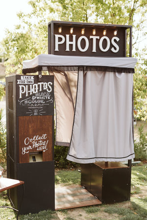 Wedding Photo Booth Rentals — Photo Booth | Vintage style