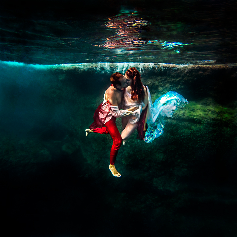 Picture from the conceptual Photo Essay: Eros & Psyche. A contemporary representation.