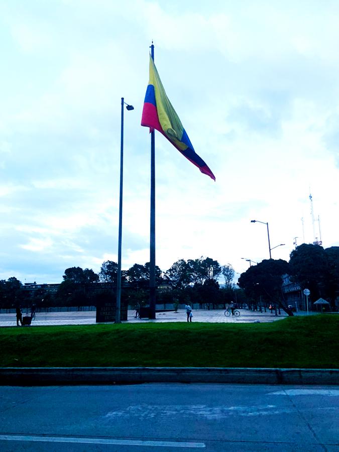 banderacolombia900x.jpg