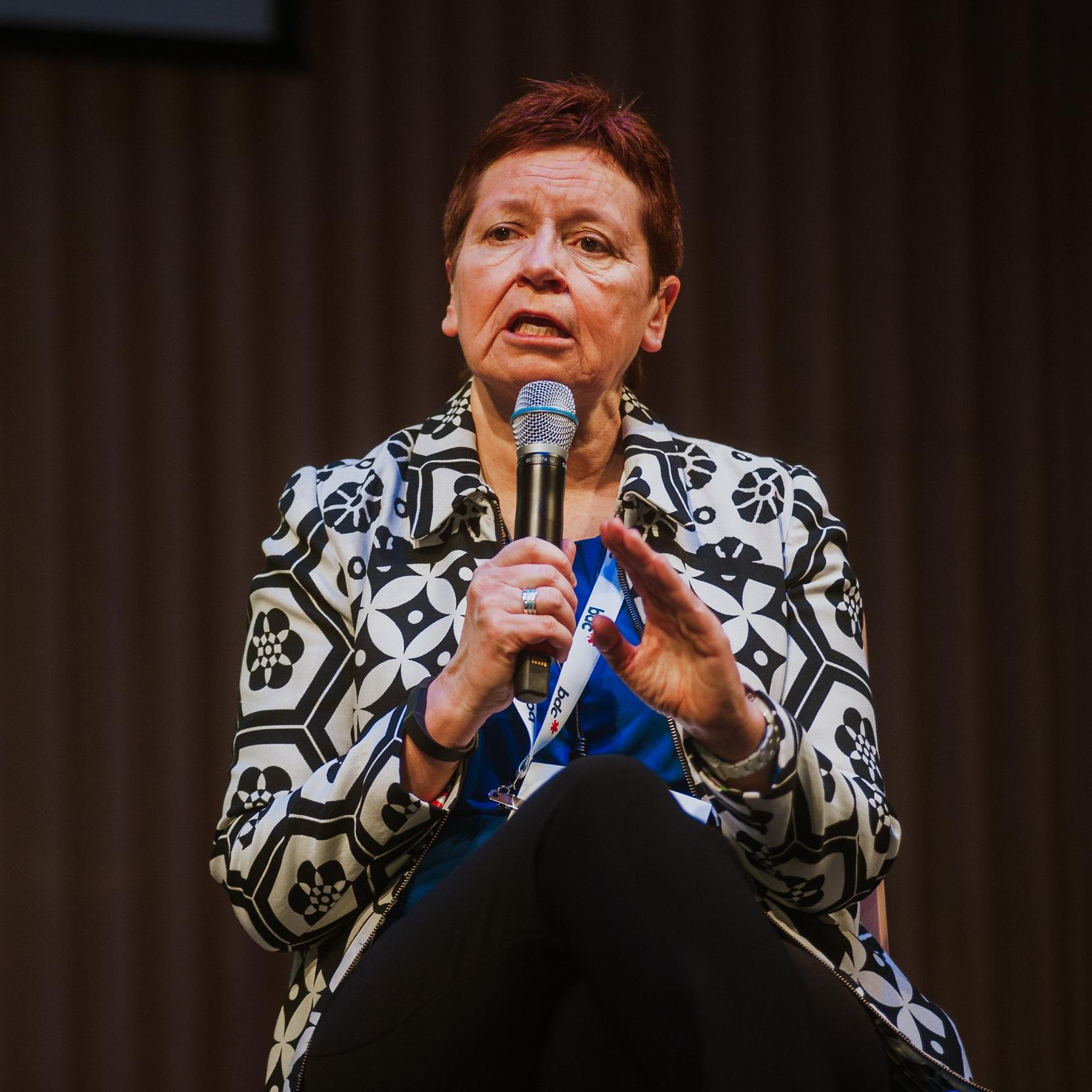 Opening Panel - Jackie Foord