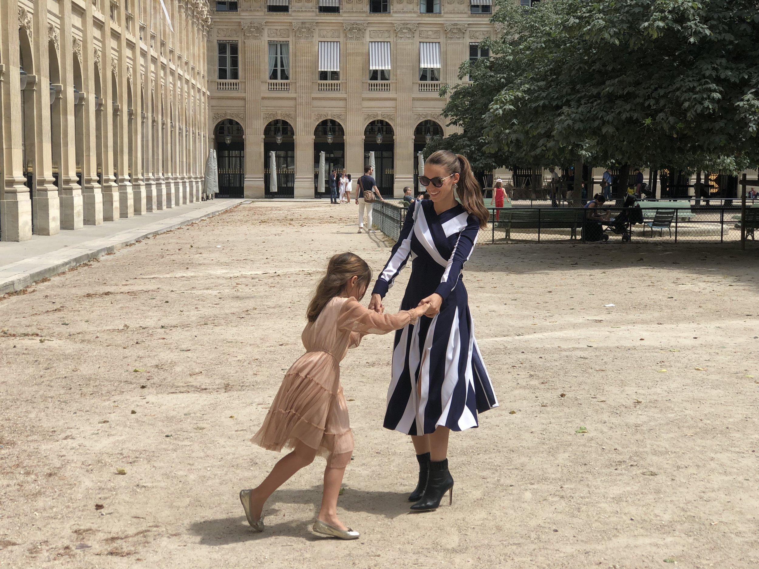Chloe with daughter Sky in Paris