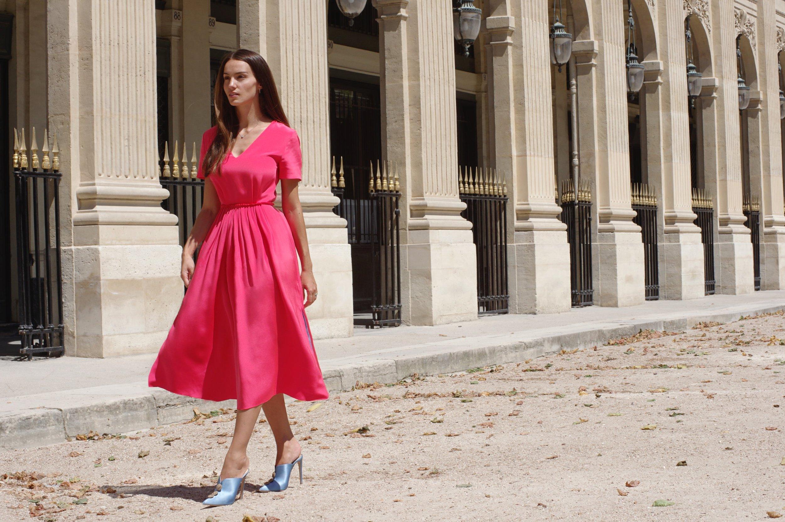 Chloe Gosselin in Paris