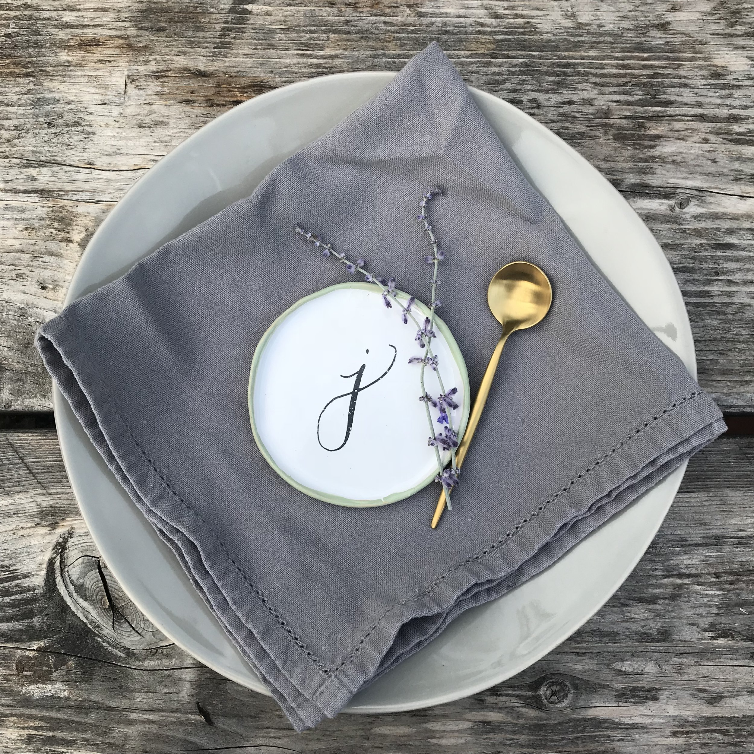 Trinket plates   Little dishes with initials in calligraphy lettering. Perfect for holding jewellery, as table settings or just as a decorative piece.