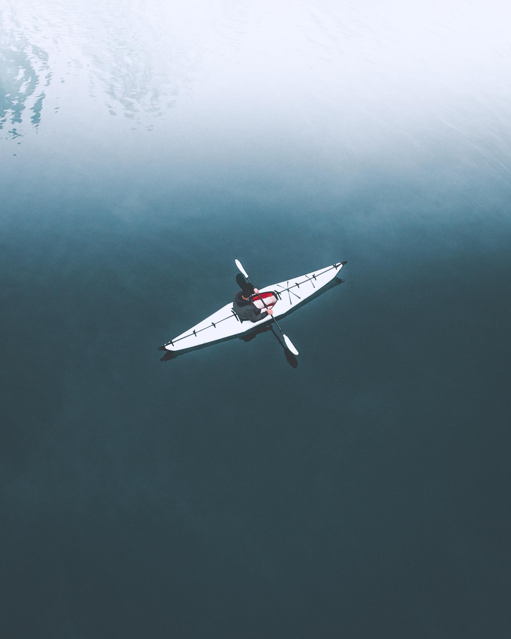 6eme Jour: Kayak & vins - Kayak dans les calanques le matin et visite de vignobles l'après-midi .