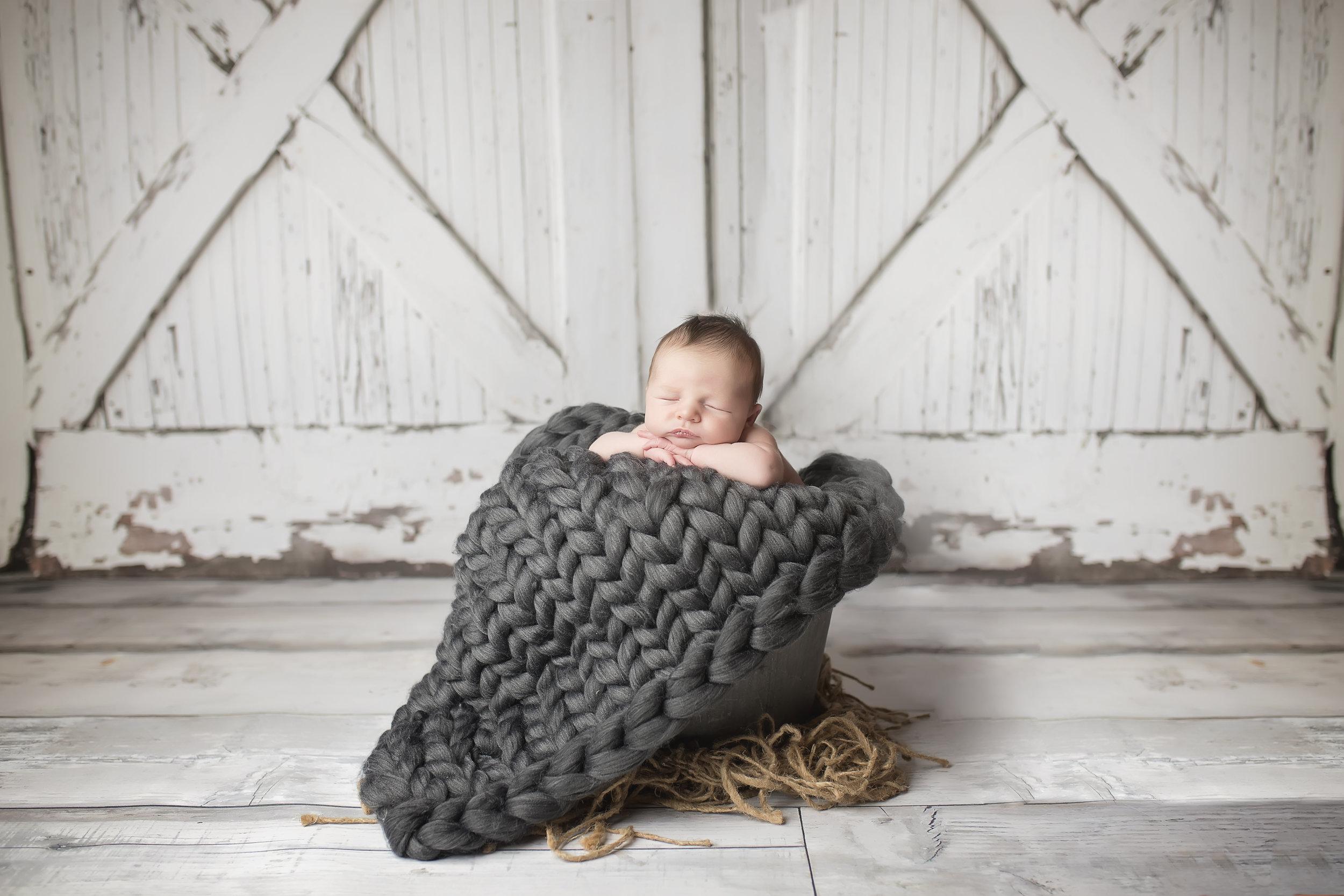 Everett's Newborn Photos