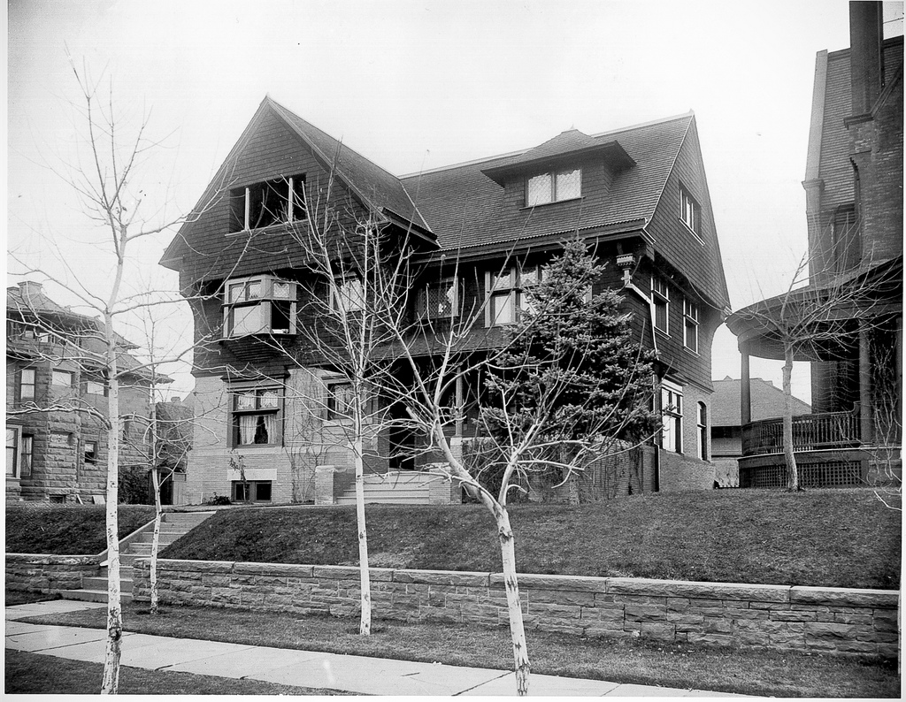 house pic circa 1890's.jpg