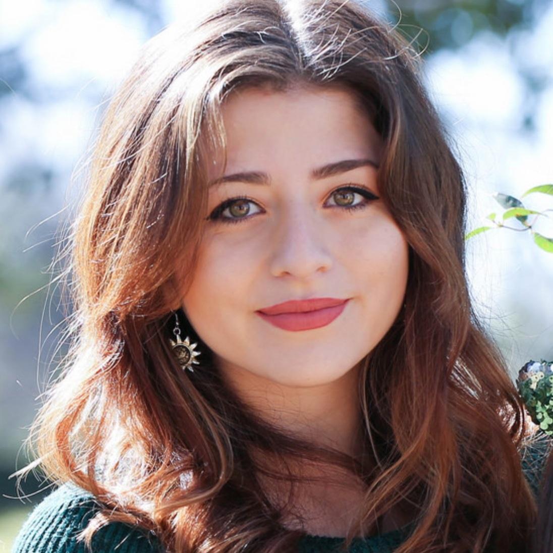Daniella De Stefano Pachon #Co-Founder# Trip Loop