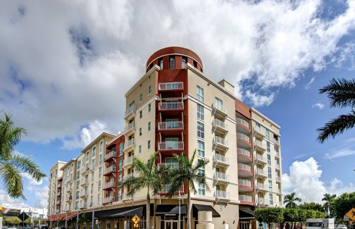05__preview_Downtown_Dadeland_photo_by_SupremeScene.com_.jpg