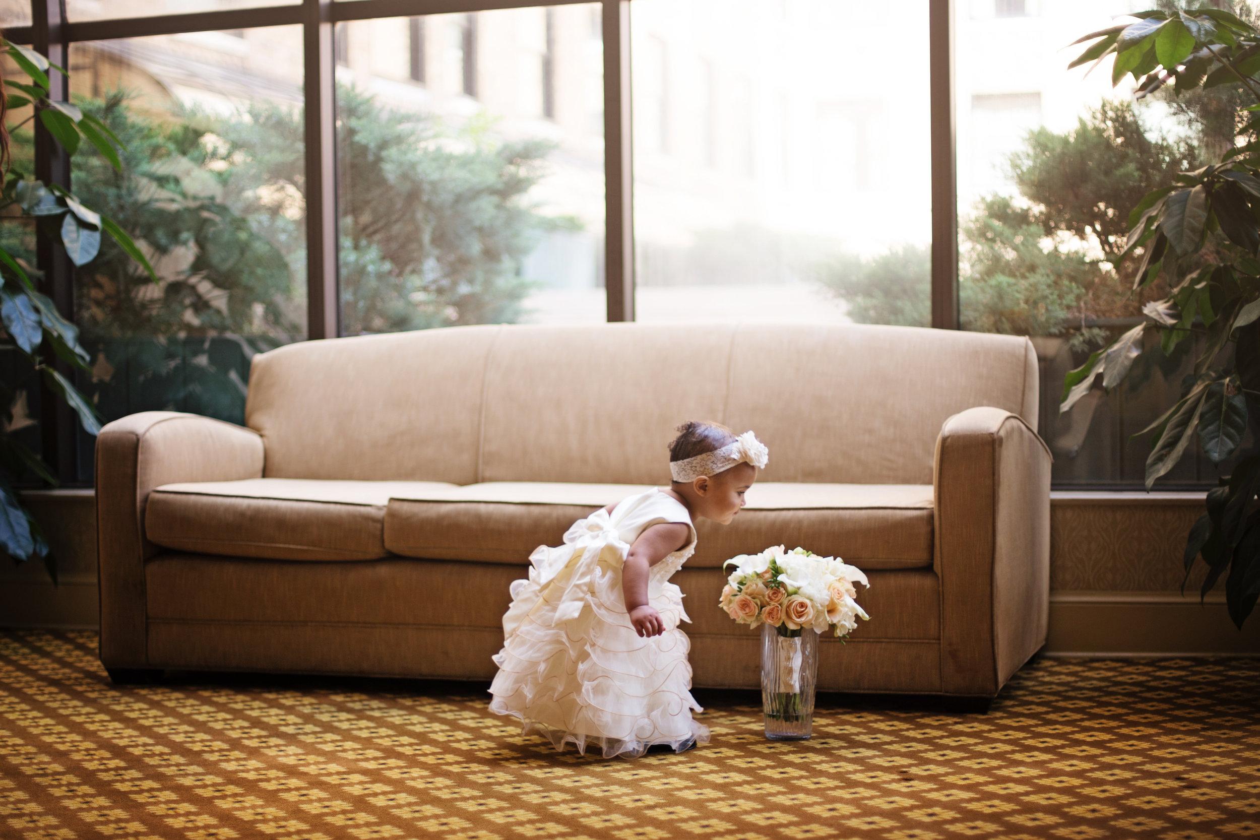 best-luxurious-high-end-wedding-photography-louisville-ky-fancy-boudoir-female-african-american-photographer-peabody-memphis-2ndline band