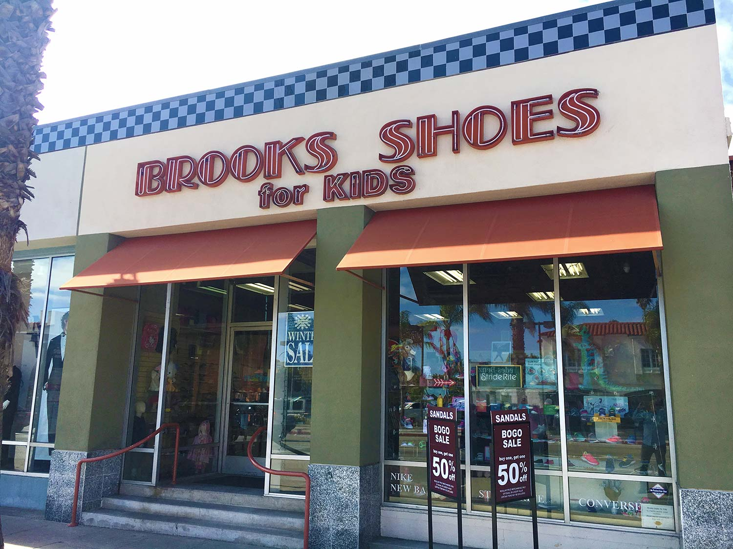 Brooks-Shoes-For-Kids-Location-pic.jpg