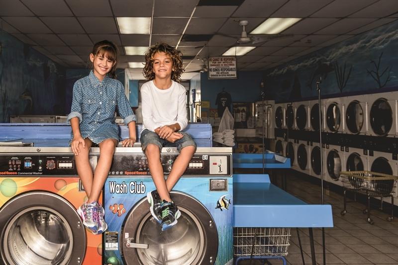 SS16 Washing Machine Lifestyle Group.jpg