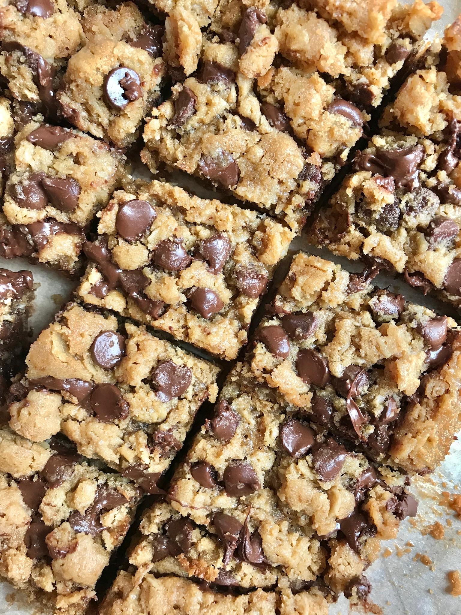 line & lee oatmeal chocolate chip peanut butter bars