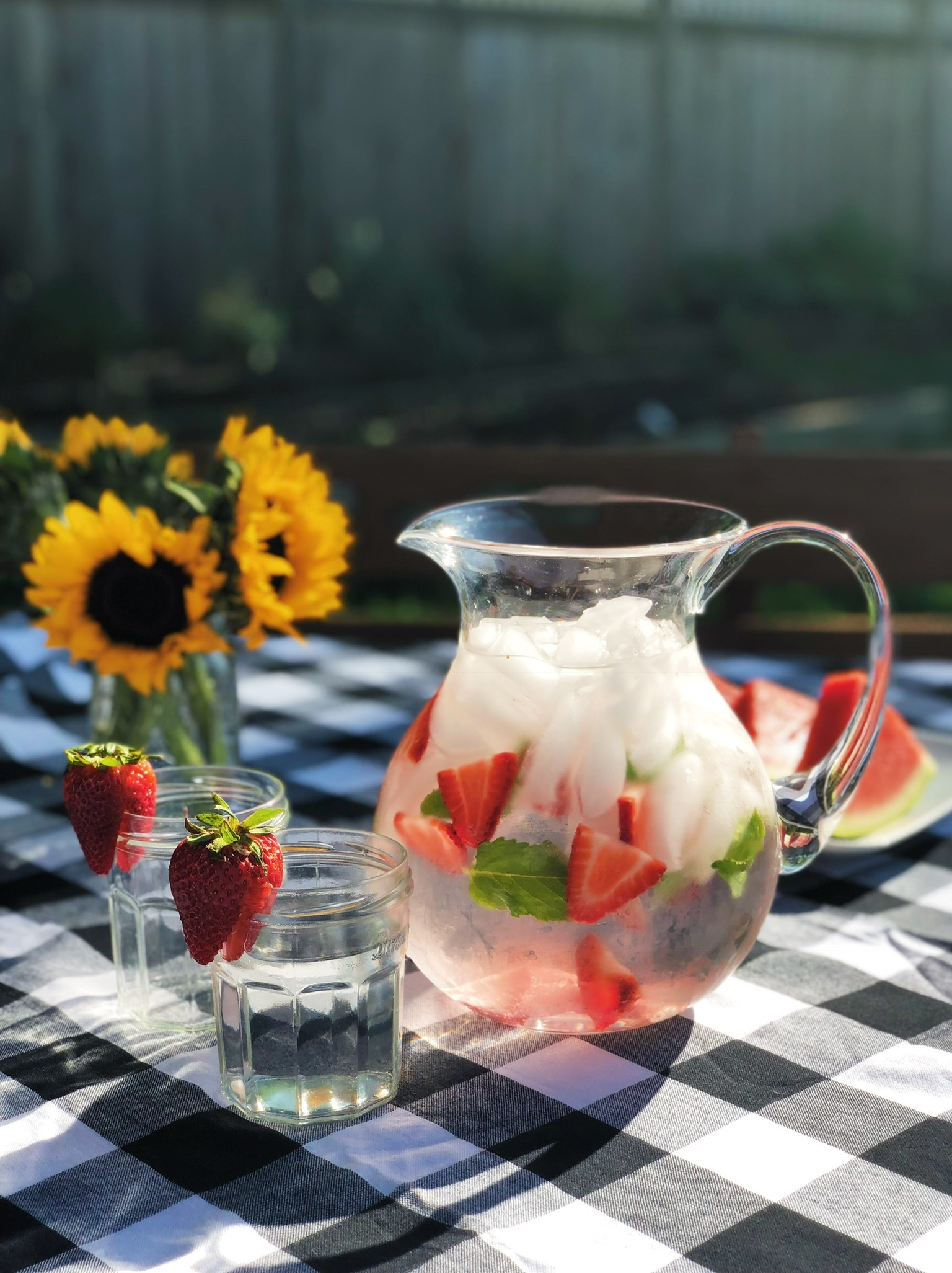 line & lee strawberry mint water