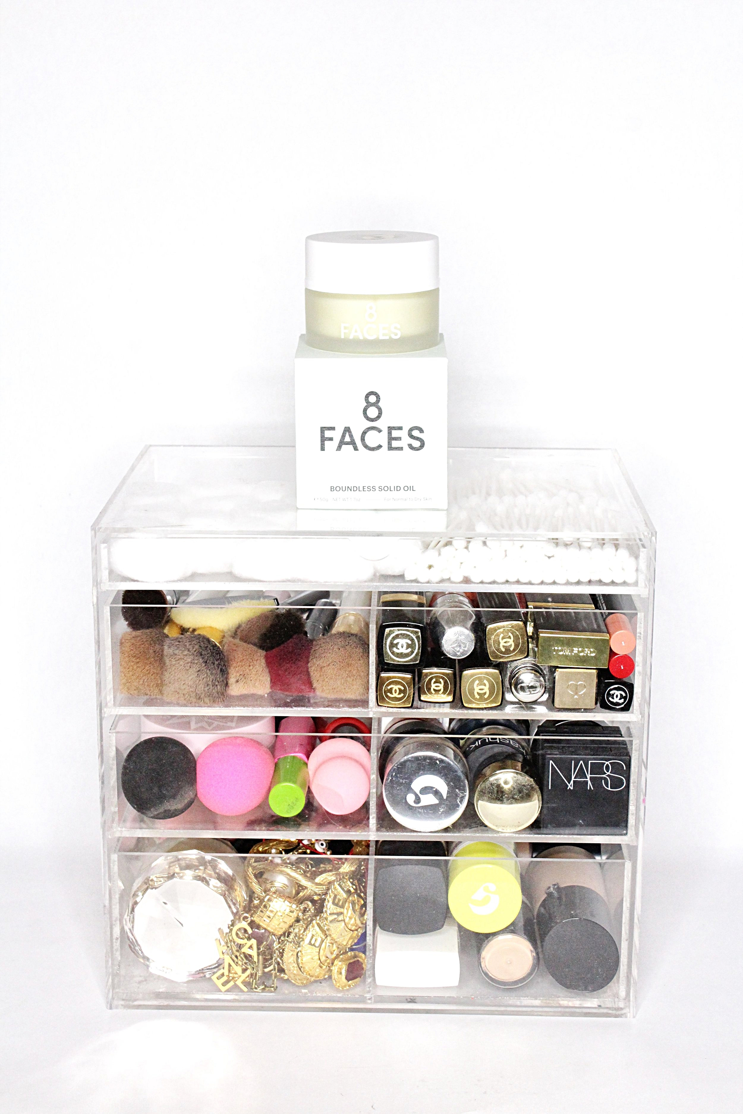 8Faces Beauty Boundless Solid Oil Top of the Tower The Sunday Issue