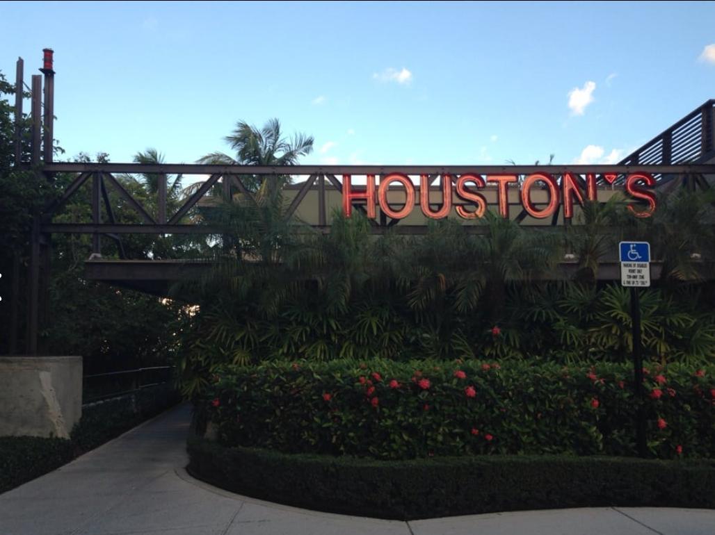 Houston's Restaurant