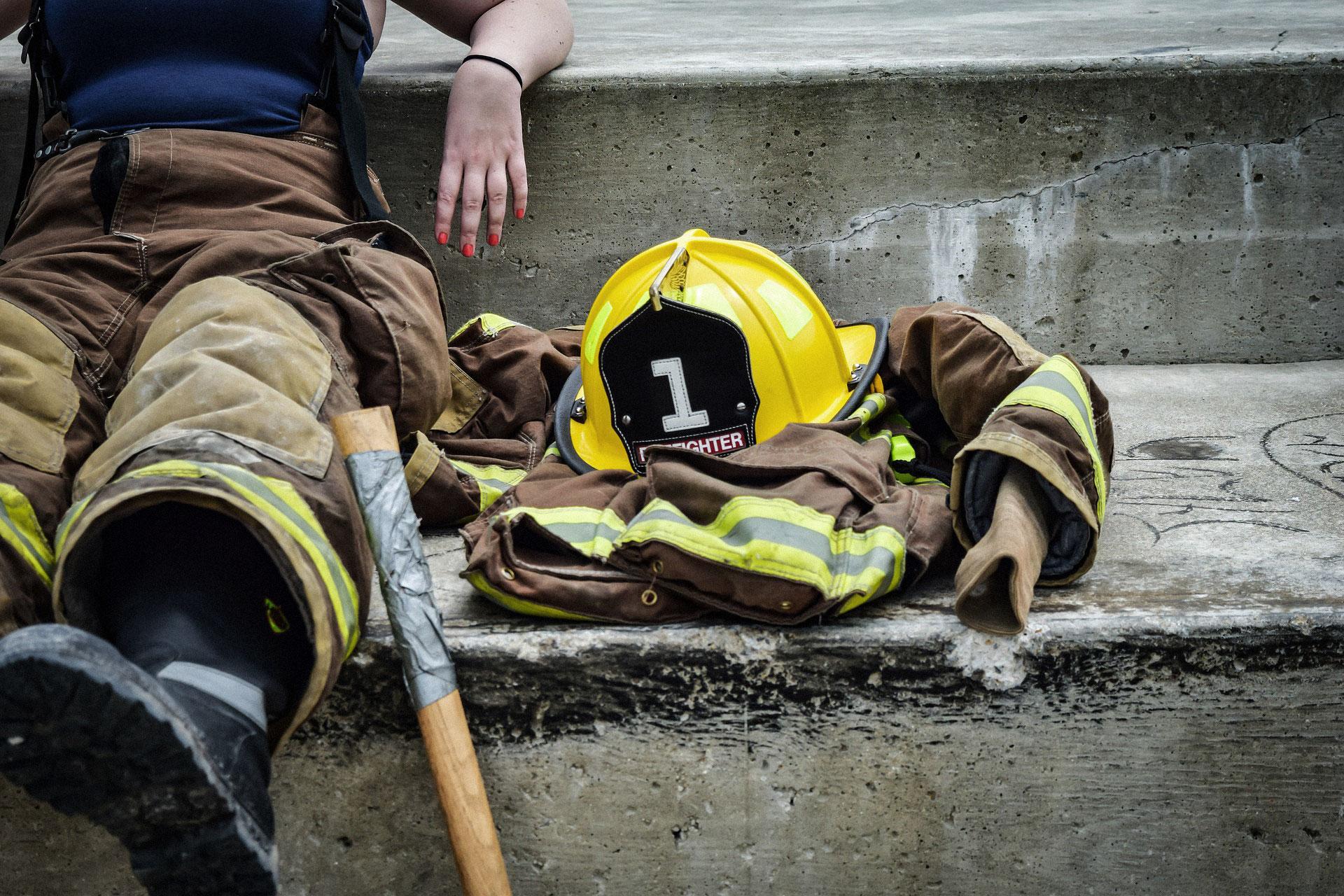 female-firefighter.jpg