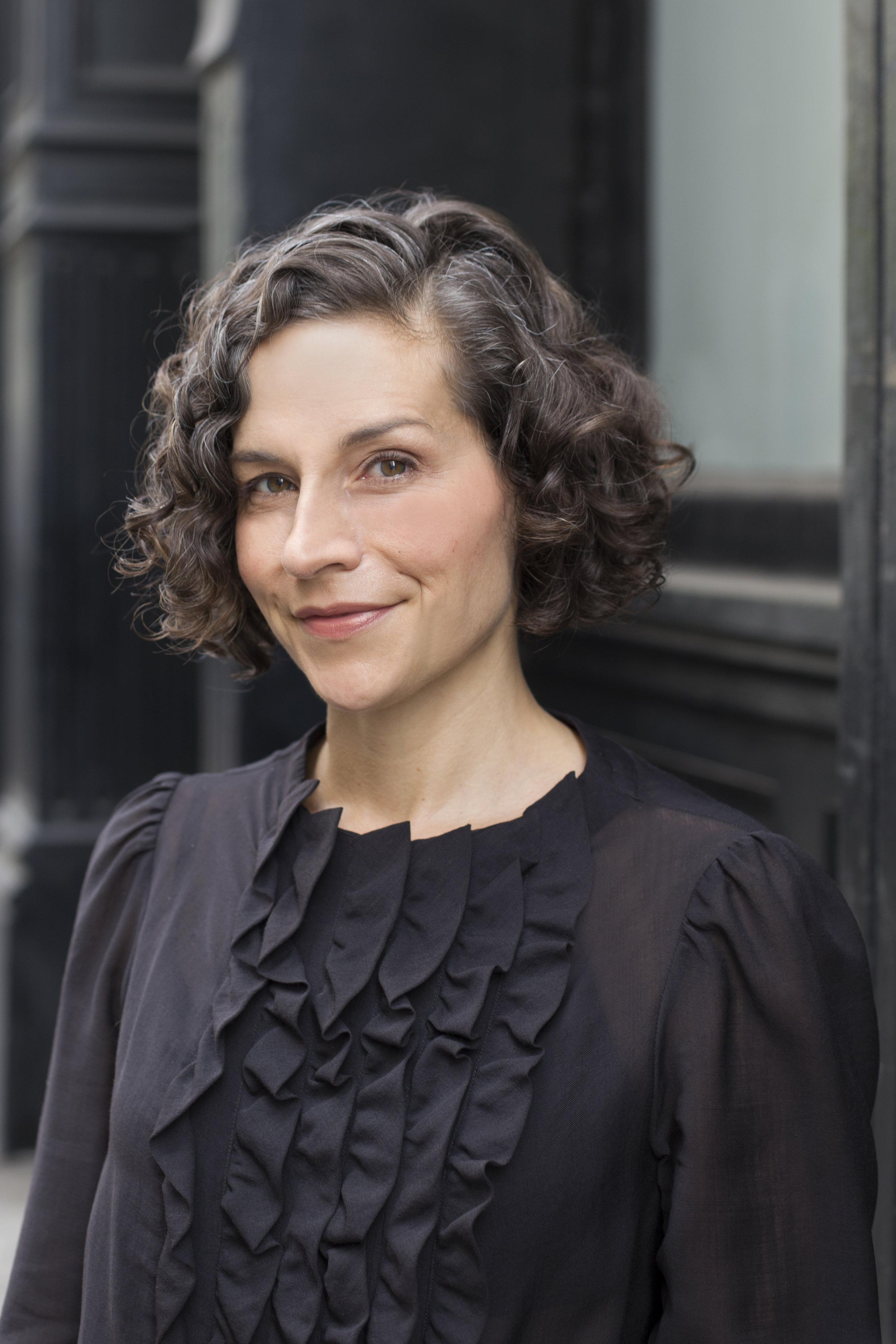 Sara Holoubek, Luminary Labs