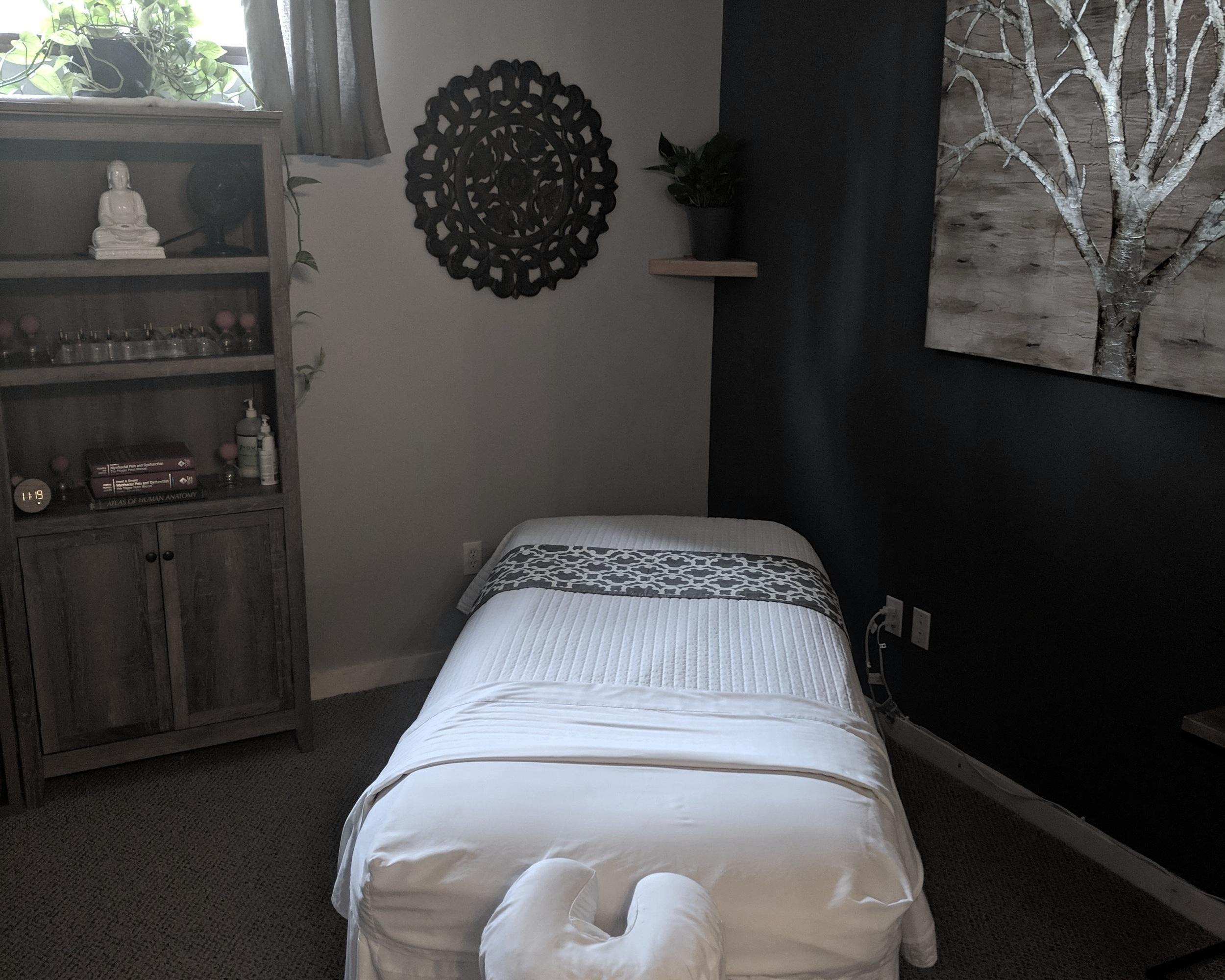 massage+room.jpg