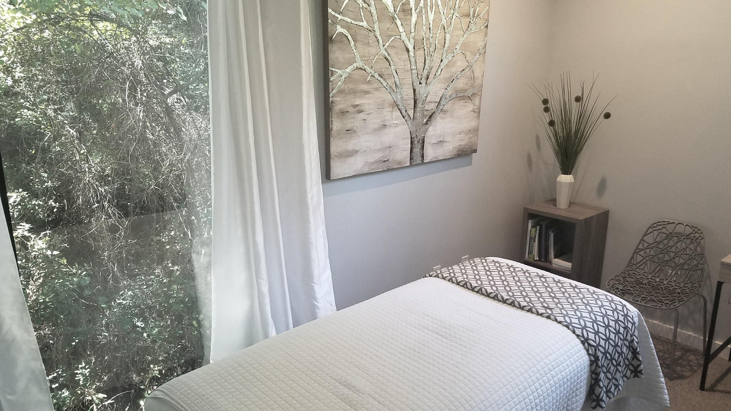 acupuncture and massage room in grayton beach fl