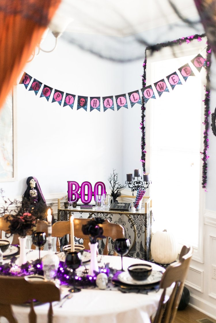 Purple Black and White Halloween Dining Room Tablescape