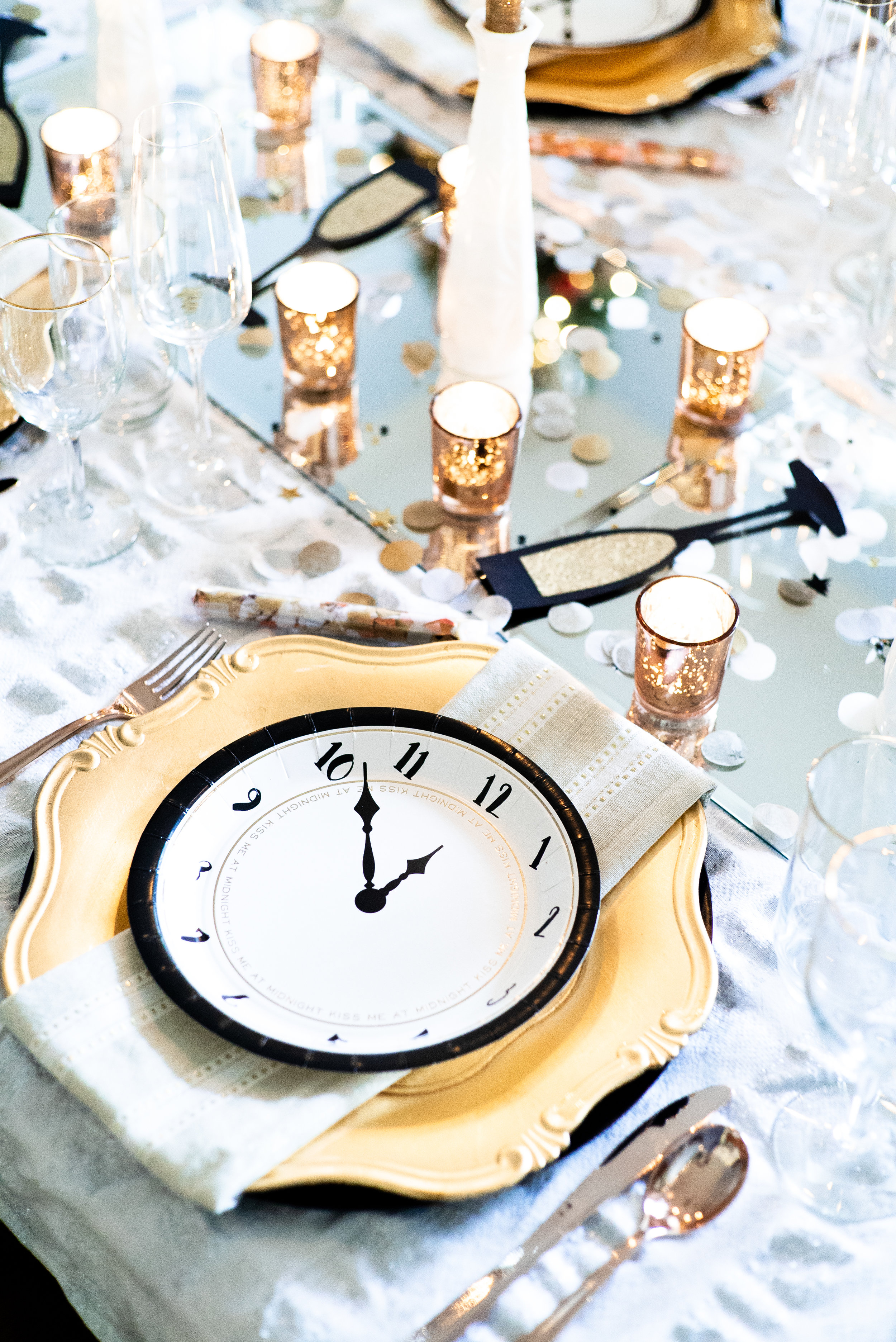 New Year's Eve Gold Rose Gold and Silver Metallic Tablescape