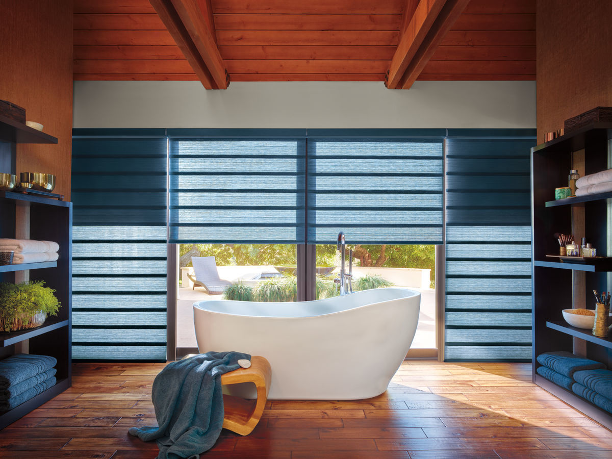 Hunter Douglas -