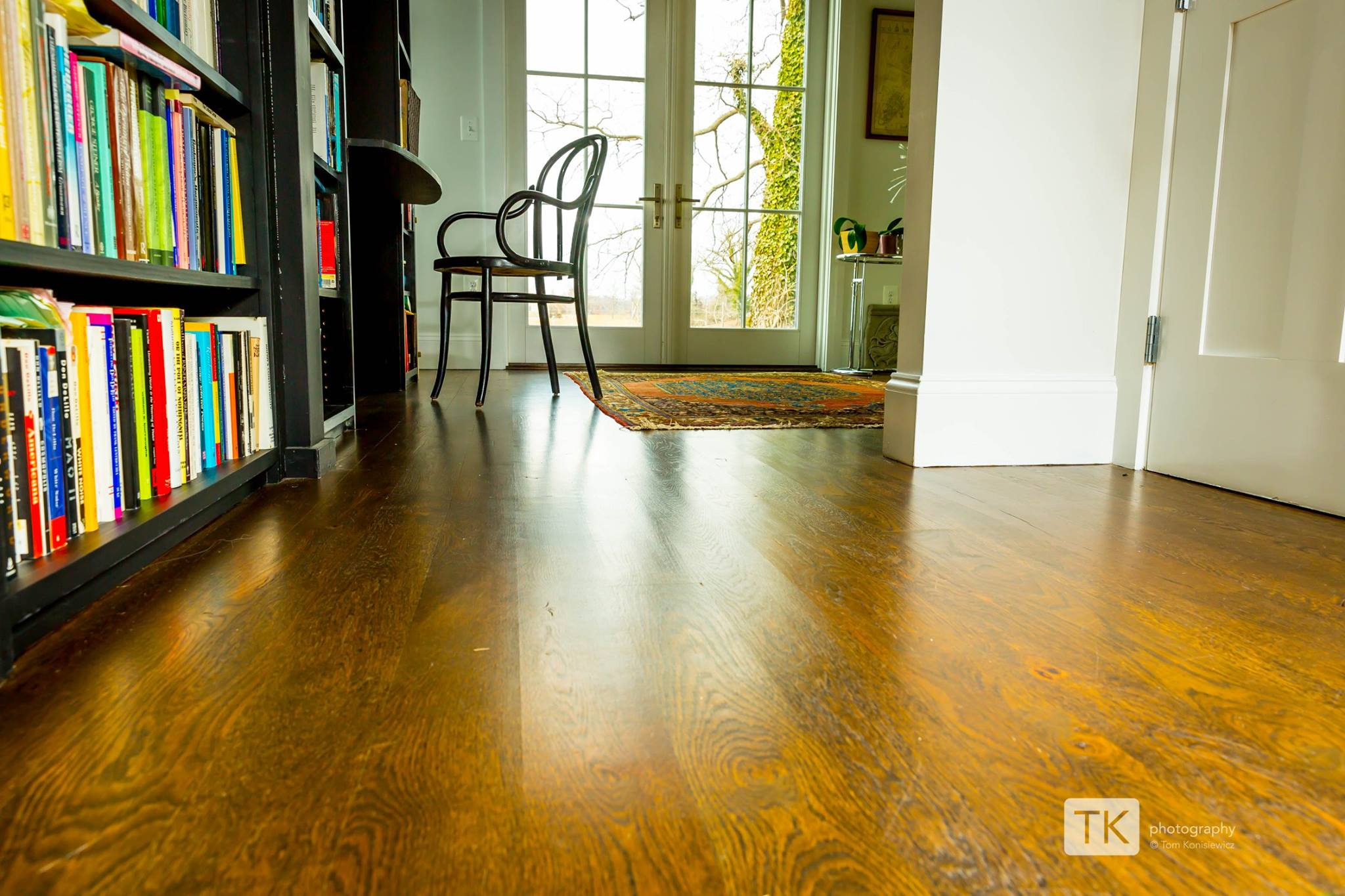 Wide-Plank-Live-Sawn-White-Oak-Hardwood2.jpg