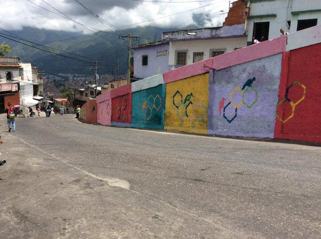 Calle Lara - Carpintero. Petare
