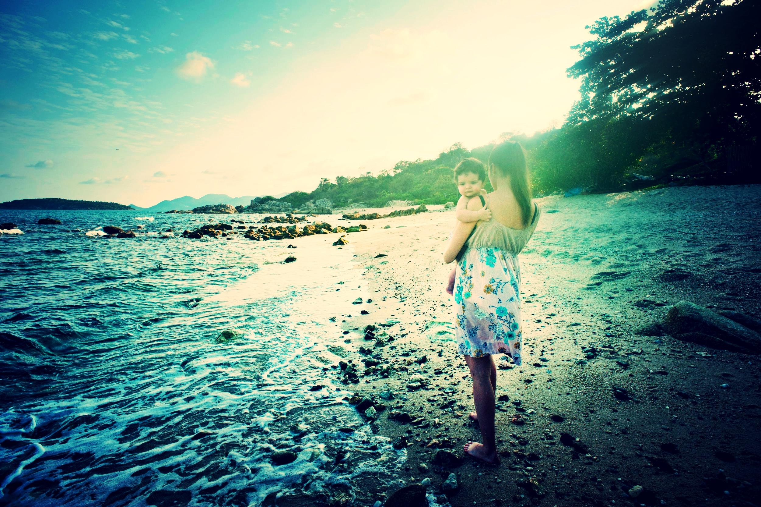 baby-beach-beautiful-1002536.jpg