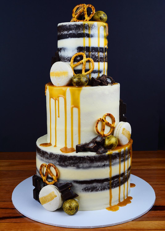 caramel chocolate drip cake.jpg