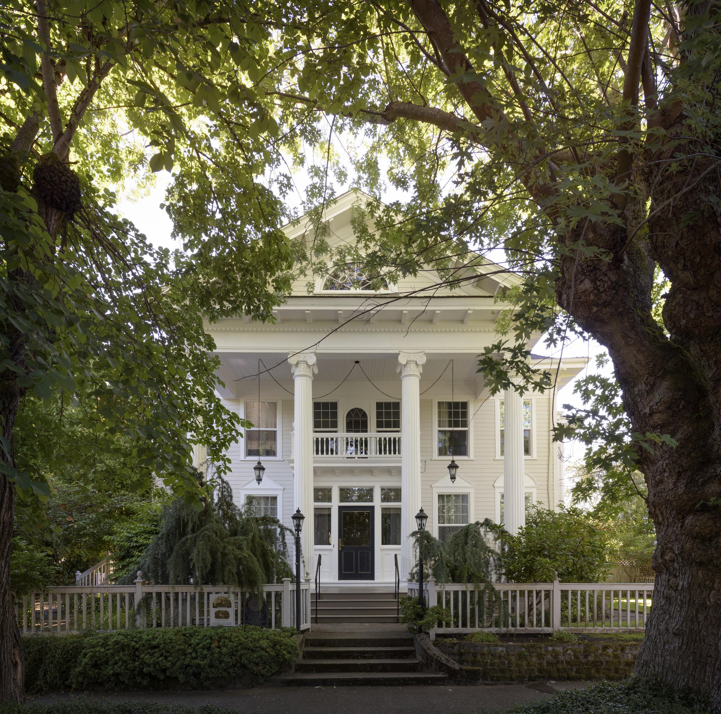 michelle-dirkse-historic-residence-11.jpg