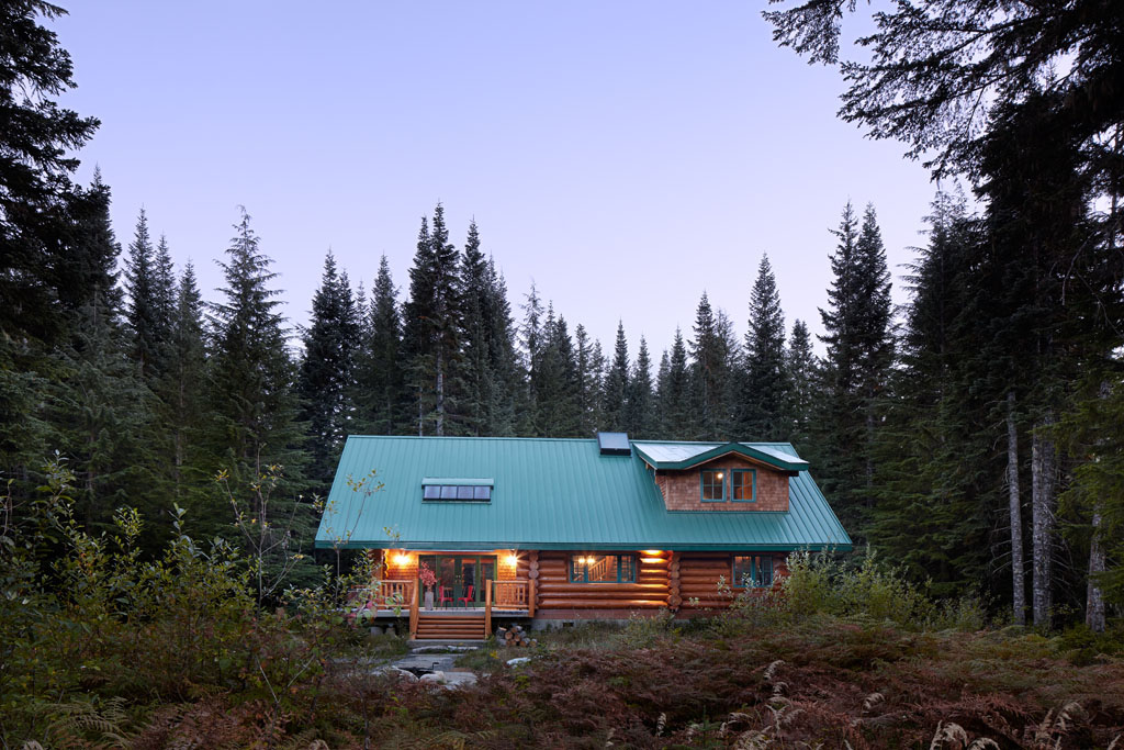 michelle-dirkse-log-cabin-vacation-home-1.jpg