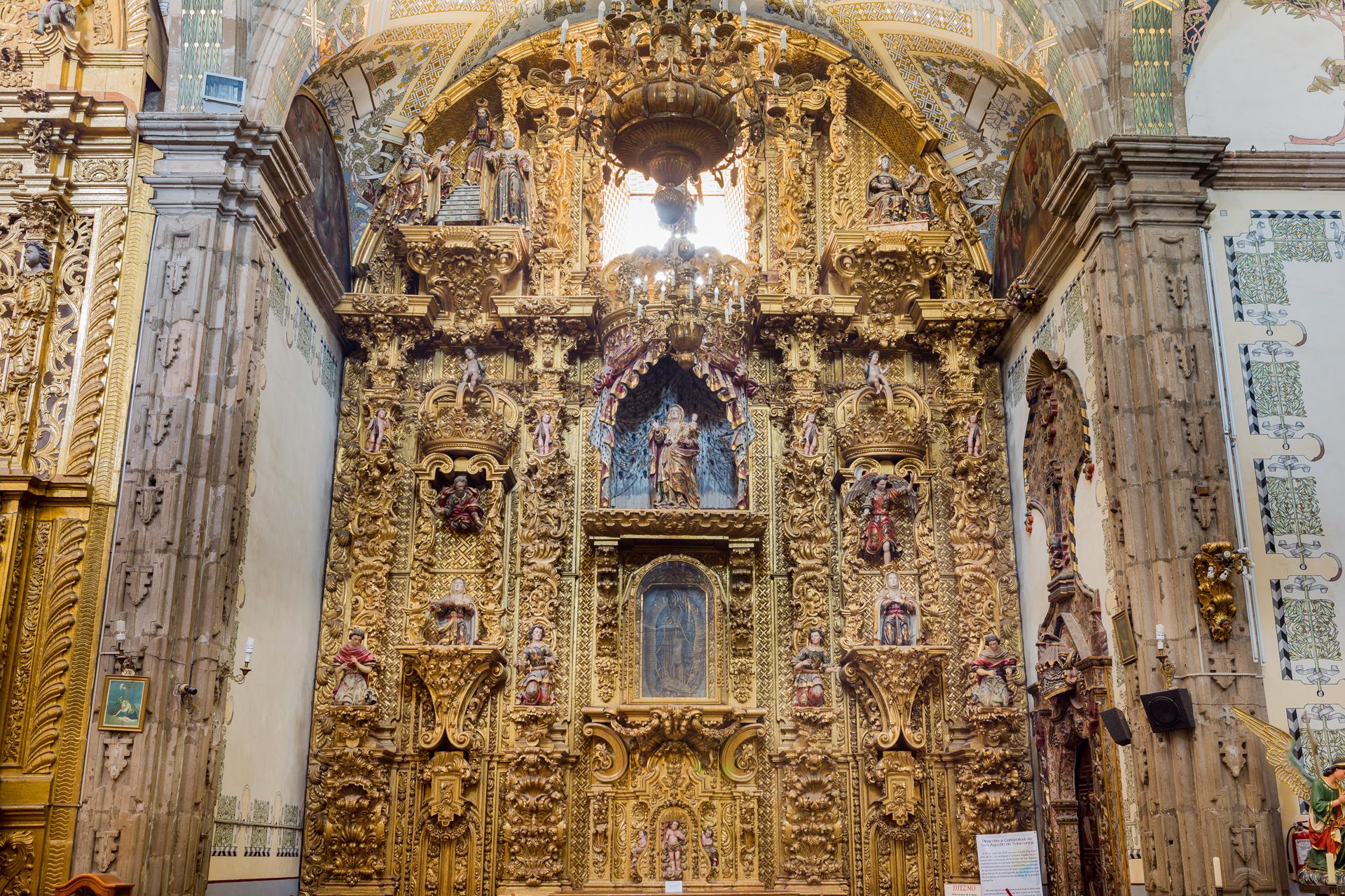 4:00 p.m. - Tour peatonal privado por centro histórico de Salamanca
