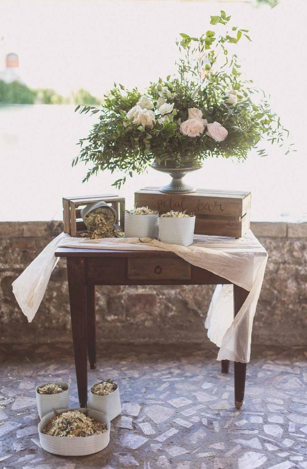Confetti table.jpg