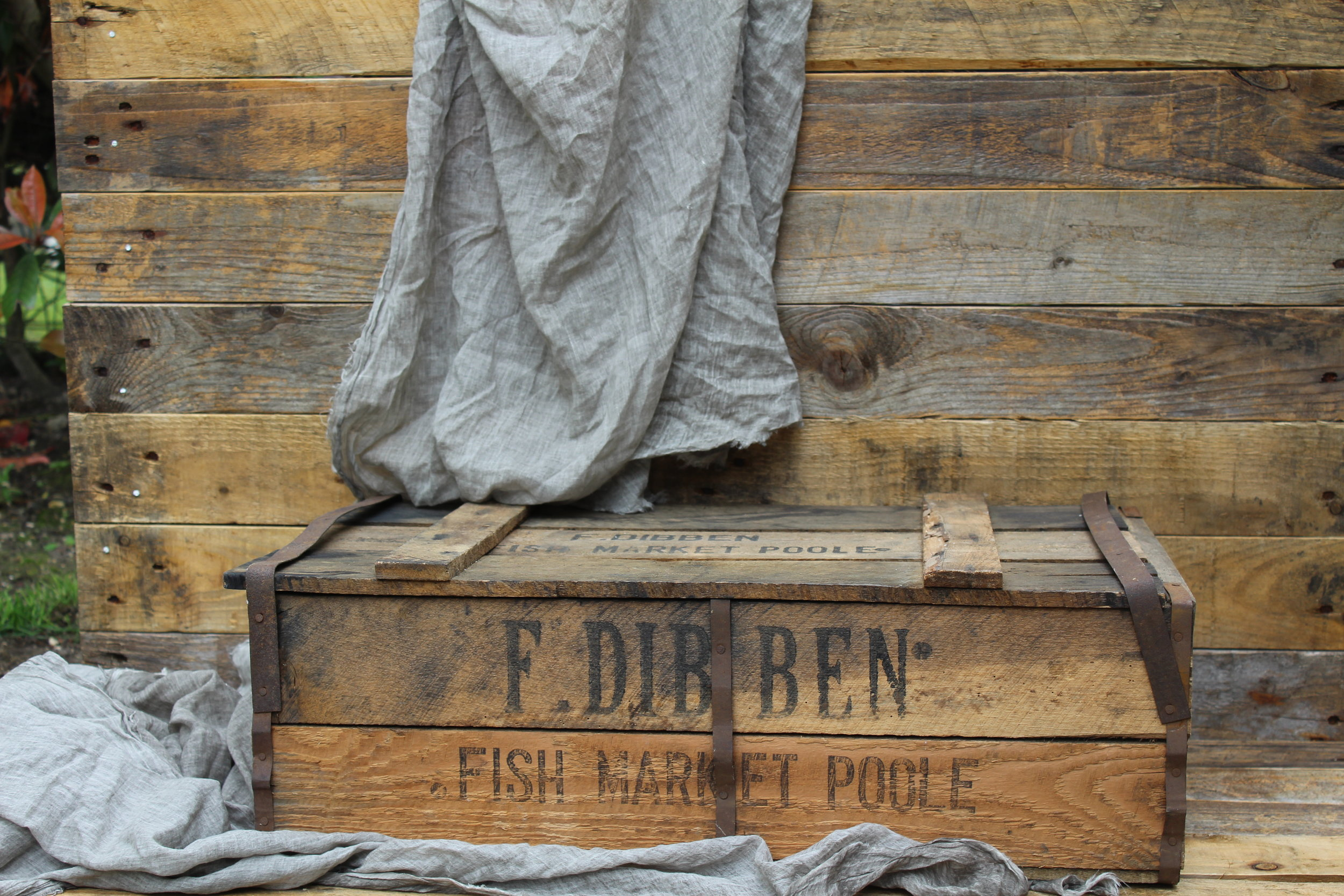 - Fish Crate 40cm x 50cm£5