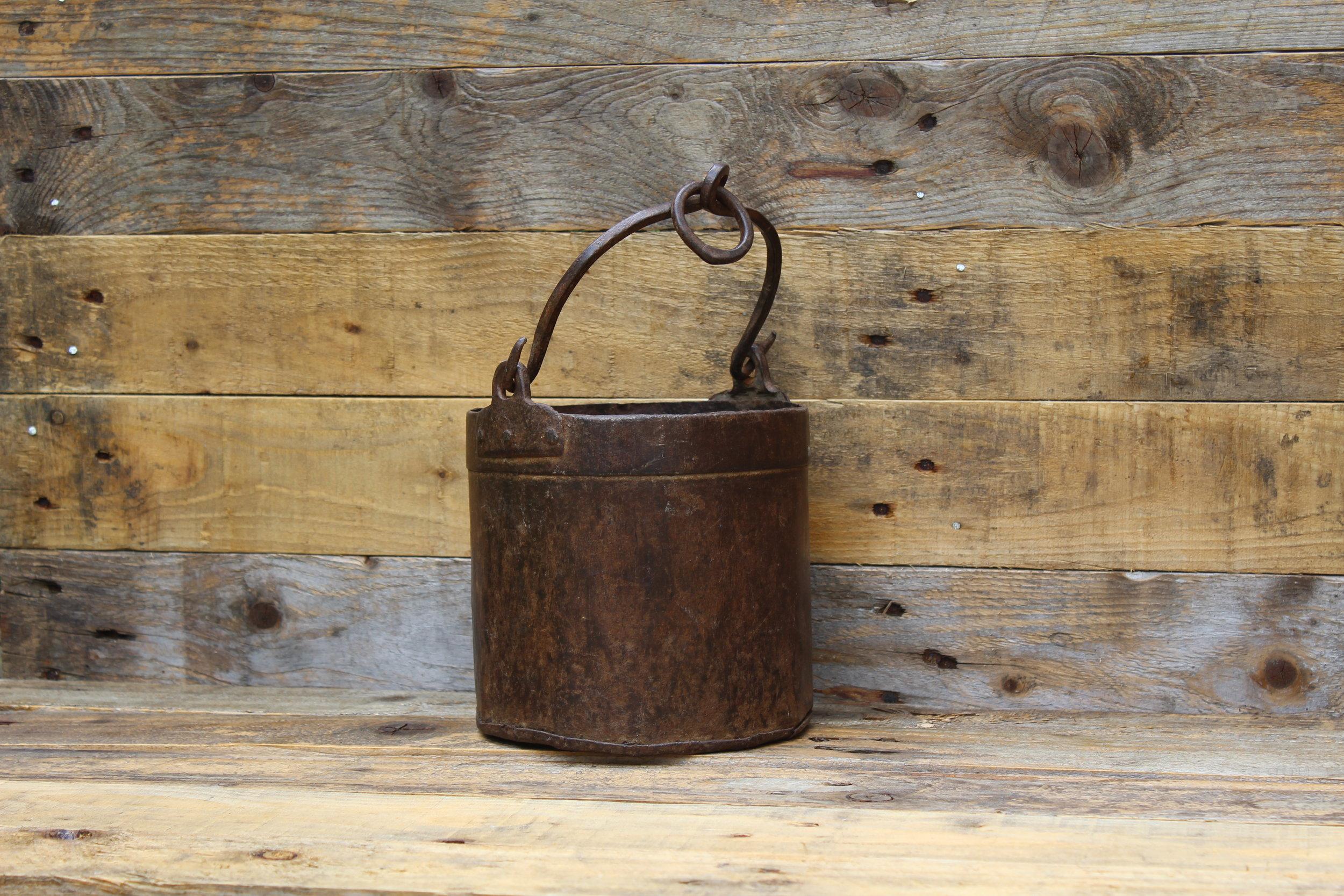 - Small metal churn (Non waterproof)£5