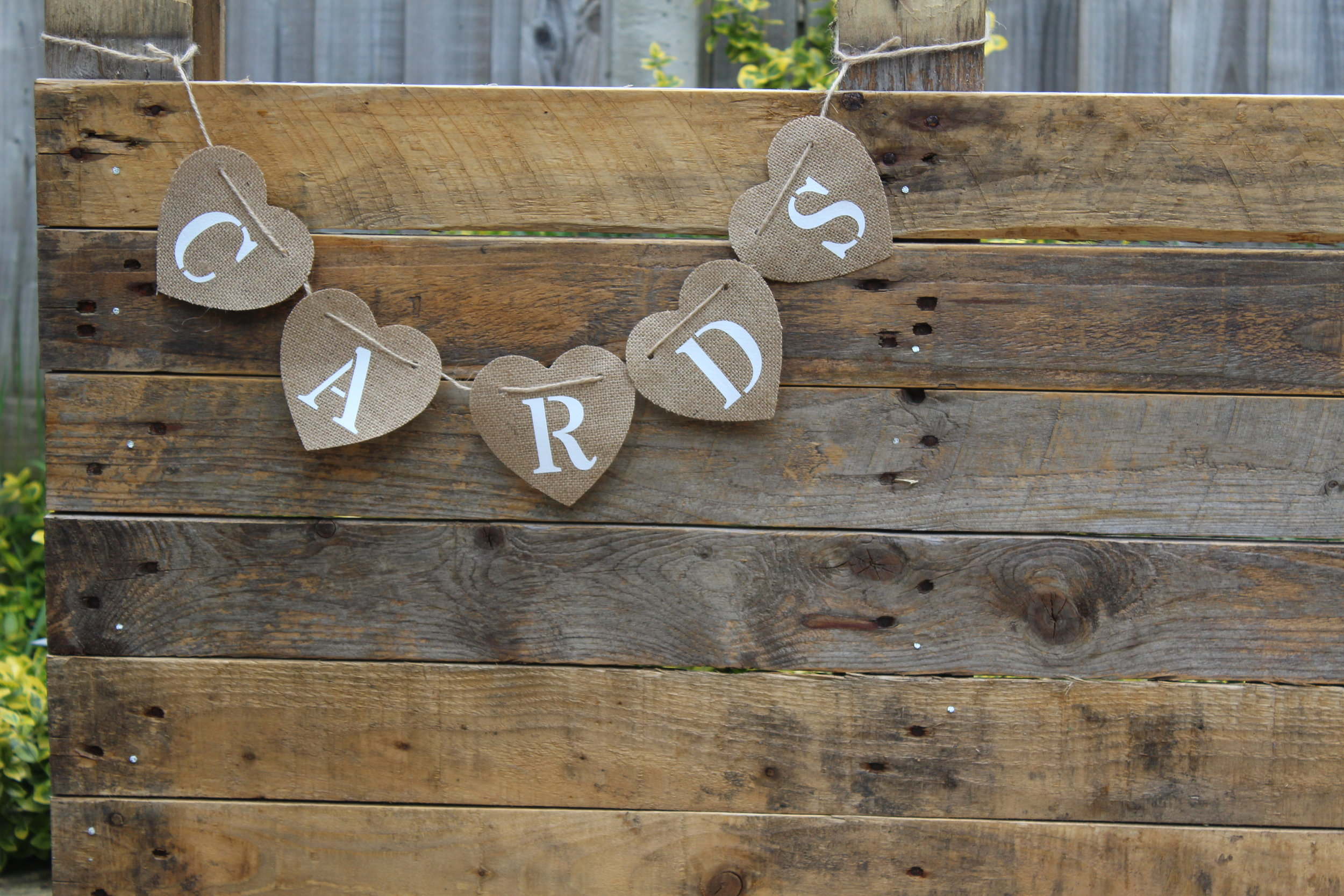 - CARDS hessian bunting£3
