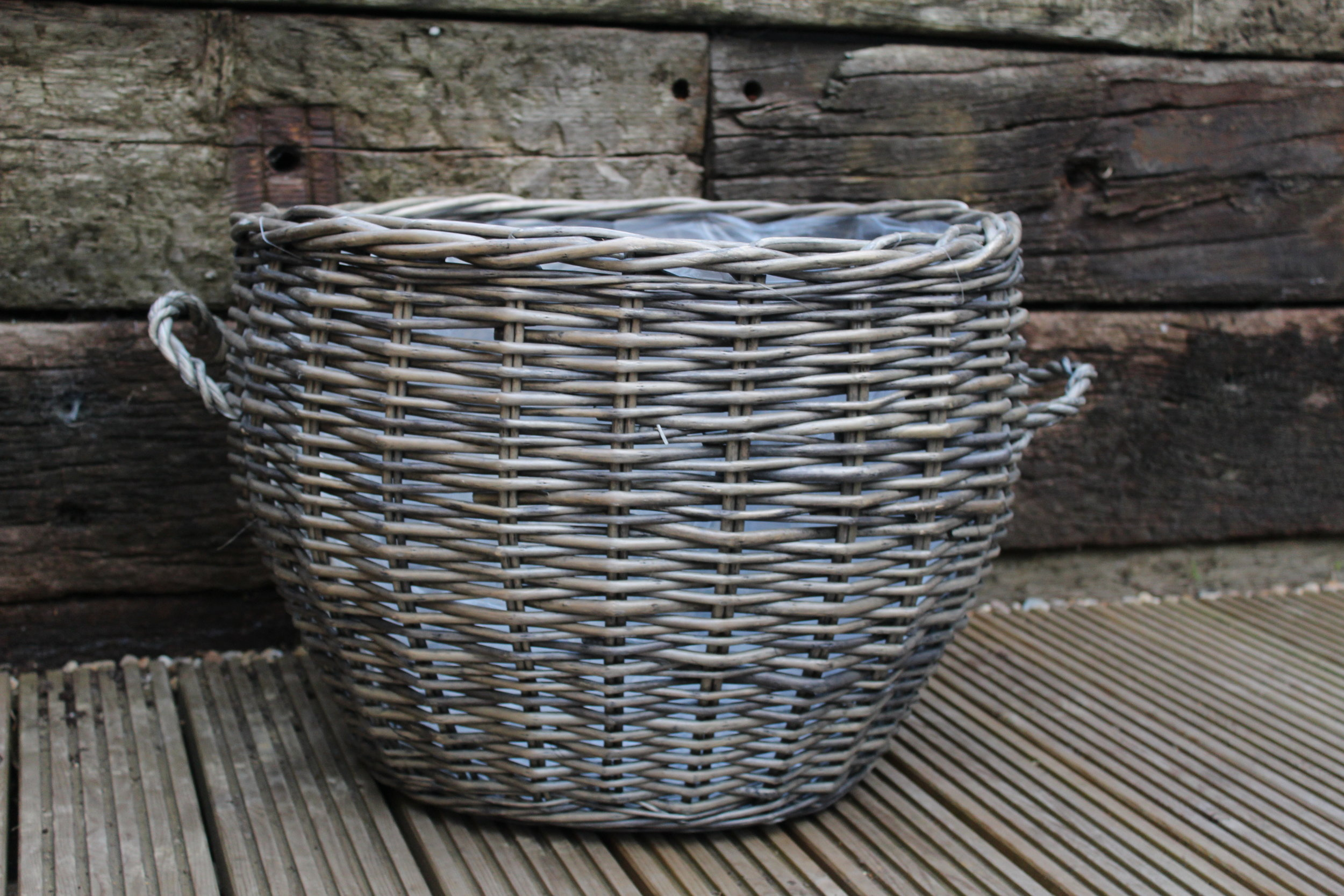 - Large wicker basket23 inch diameter £5